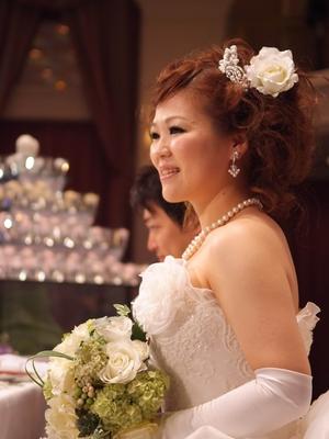 ロングの花嫁ヘアスタイルカタログ画像一覧|ゼクシィnetで