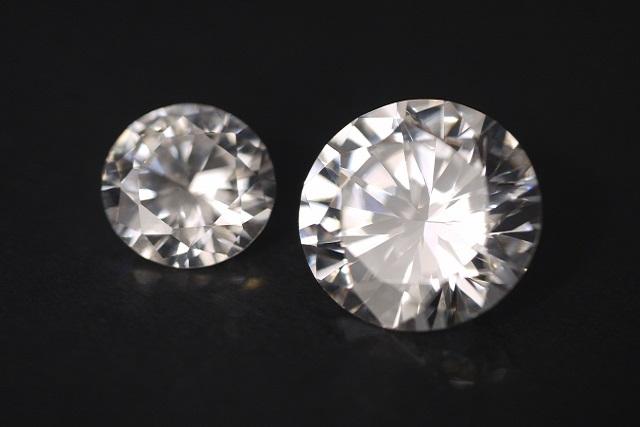 ダイヤのみの婚約指輪のデメリット