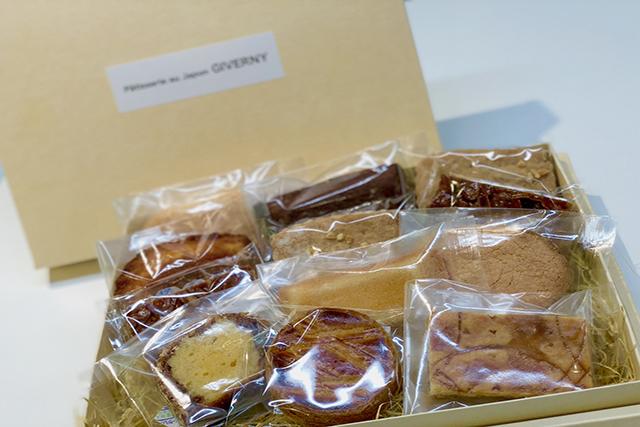 1.チョコレート・焼き菓子などのスイーツ