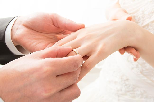 婚約指輪・結婚指輪の値段やブランド教えて