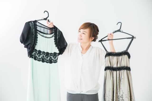 それ正しい? 結婚式の服装マナーやドレスコードをNG例と合わせて解説【女性編】
