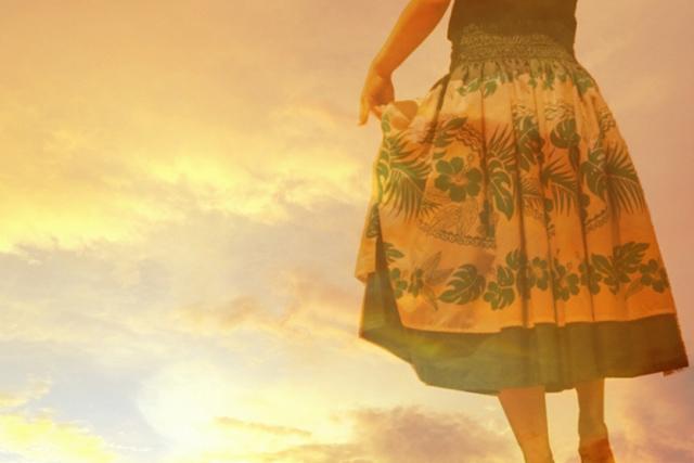 女性の服装/ドレス