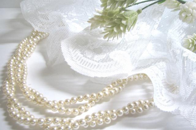 【結婚式・披露宴】にふさわしい「平服」