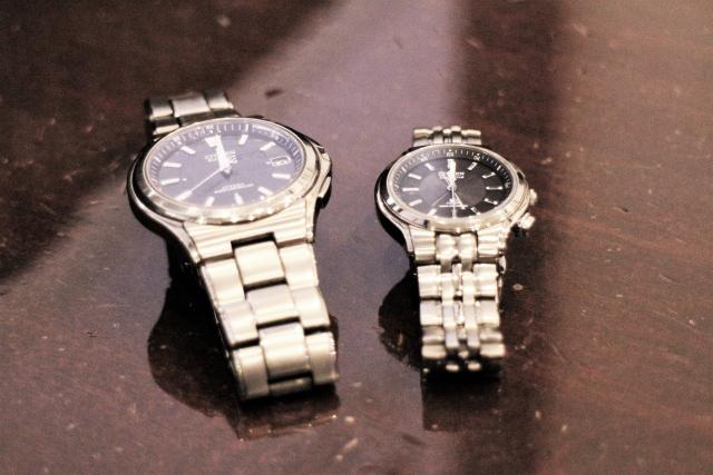 5位は腕時計!ブランドでお揃いもあり