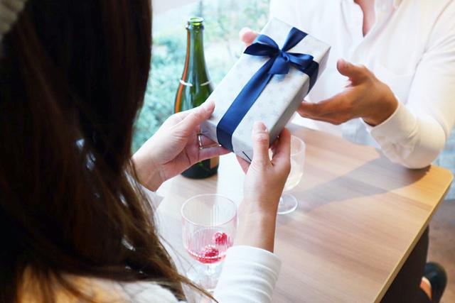 【男女別】どんなプレゼントだと困ってしまう?