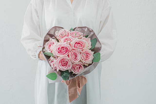 誕生日の花と花言葉!色やスタイル、相手別の選び方のコツも