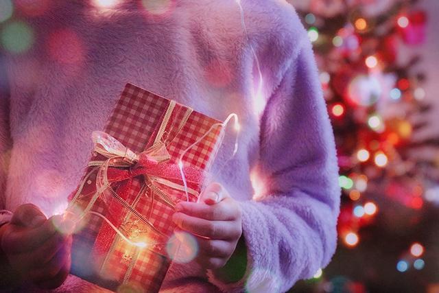 お気に入りのクリスマスソングを見つけよう♪