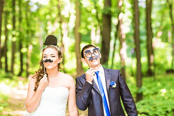 結婚式の前撮りポーズ:個性・オリジナル編