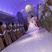12426fd86f546 ワンフロア貸切会場で、写真やお… ホテル メルパルク大阪の結婚式体験者 ...