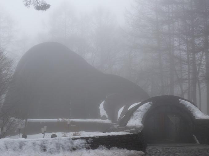 0223霧と石の教会.JPG