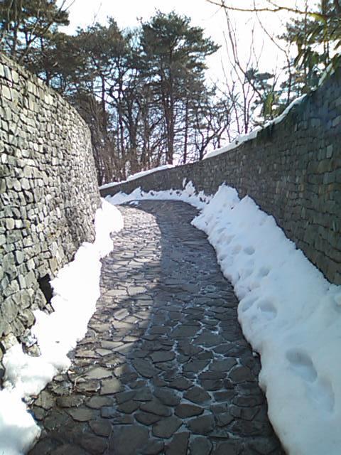 石の教会入り口0201.jpg