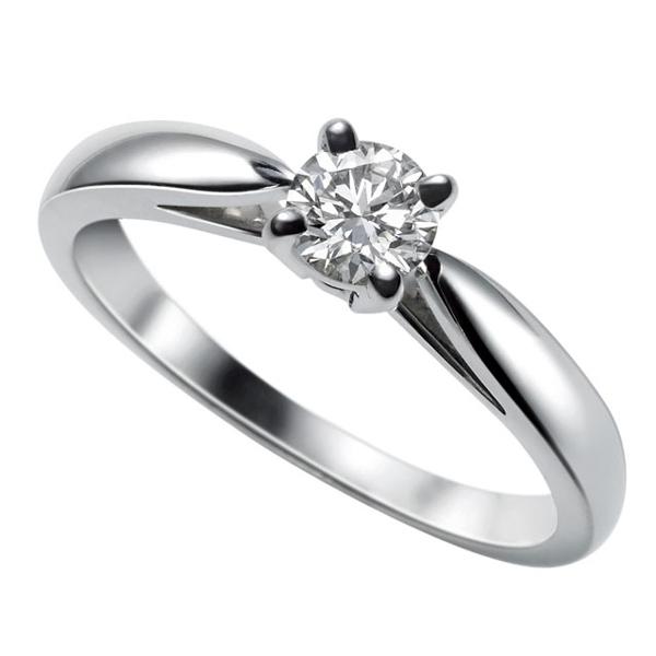 Van Cleef & Arpels(ヴァン クリーフ&アーペル)の婚約指輪(エンゲージメントリング)