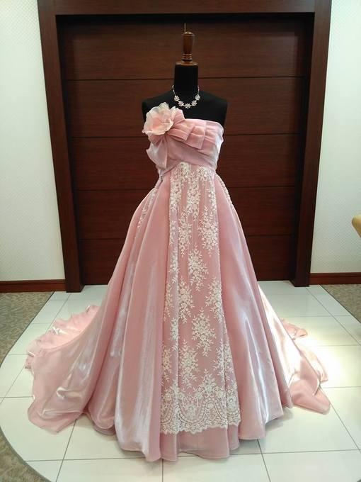 ピンクドレス.jpg