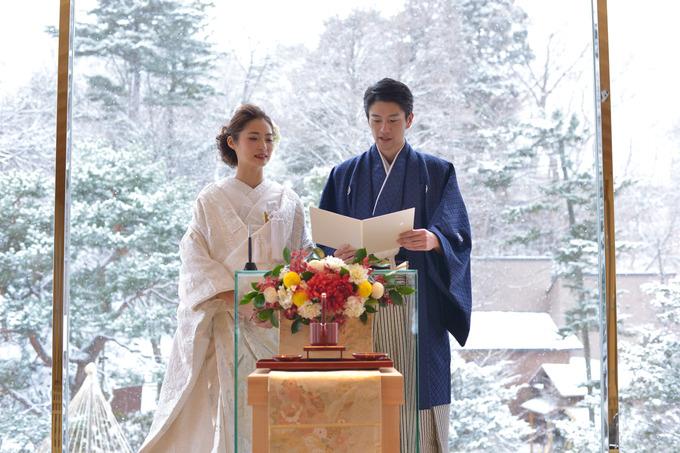 4.雪化粧の日本庭園が幻想的.jpg