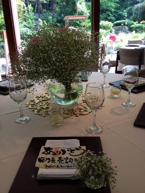 かすみ草 テーブル.JPG