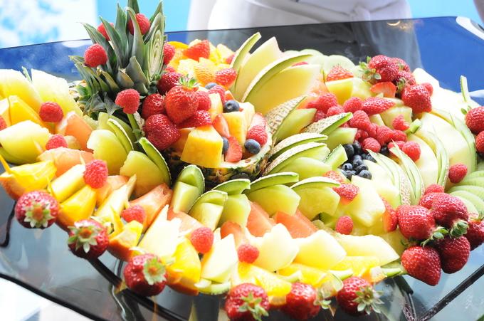 「カットフルーツ盛り」の画像検索結果