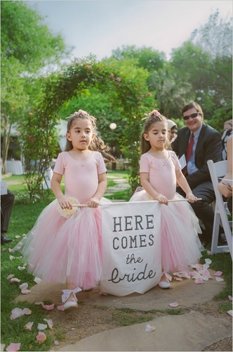 cute-flower-girl-here-comes-the-bride-sign.jpg