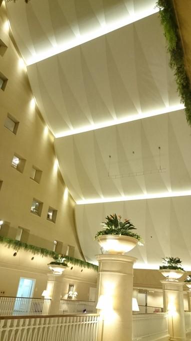 ホテル館内.JPG