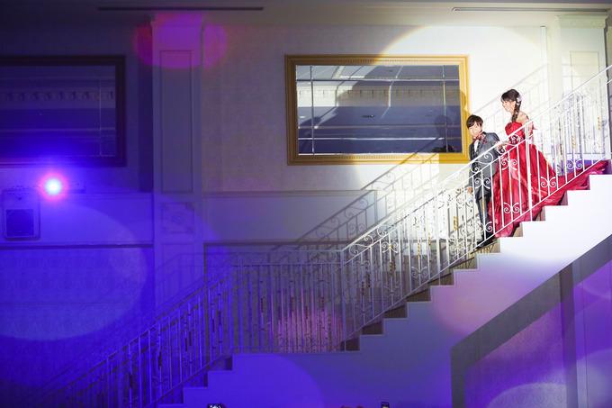 披露宴の入場はここから!ララシャンスおすすめの2階入場シーン♪