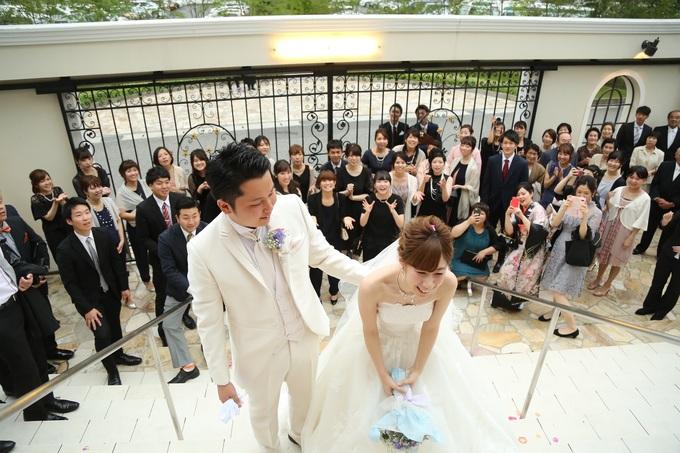 いつでも結婚式の想い出がよみがえる、ララシャンスの大階段