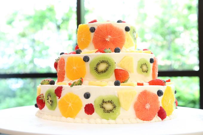 ウェディングケーキ フルーツ 輪切り