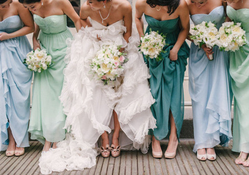 Well-Dressed-Bridesmaids-Trends-Mismatched-10_large.jpg