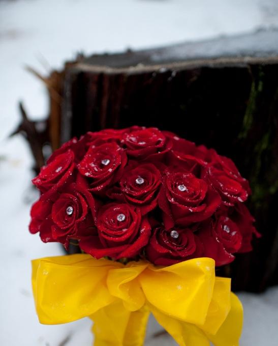Yellow-navy-wedding-Beauty-Beast-inspiration-11.jpg