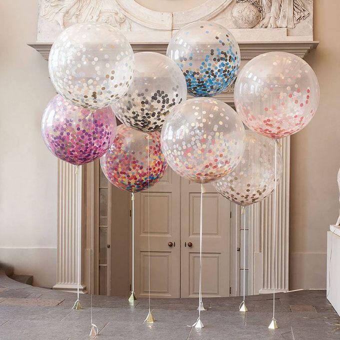 b31a9bcc38f12e89dcd3eef69aba7096--wedding-confetti-glitter-wedding.jpg