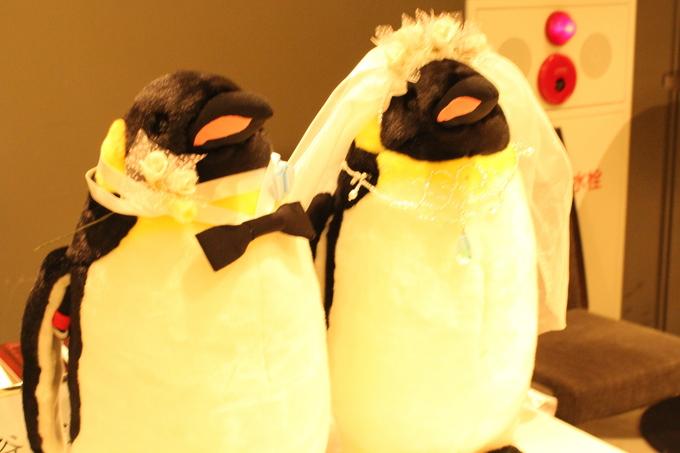 こっちまでペンギンが好きになっちゃいそうですよね!そのペンギンにもこだわりがとっても詰まっています。結婚式を挙げるのにテーマはとっても大切な物です。