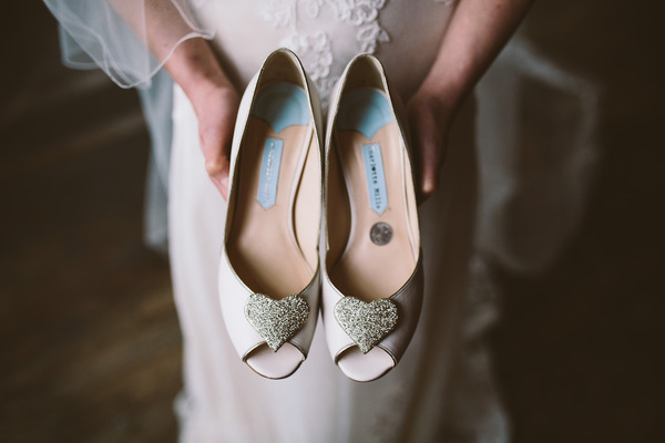charlotte-mills-2015-lookbook-wedding-shoes-jonny-draper-photography_48[1].jpg