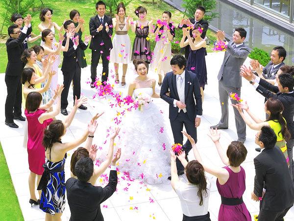 フラワーシャワー 結婚式は、お