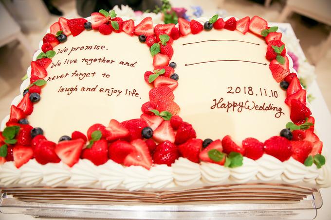 ウエディングケーキにサインを☆