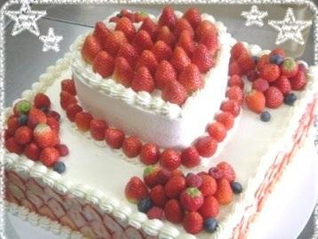 オリジナルケーキ苺2.jpg