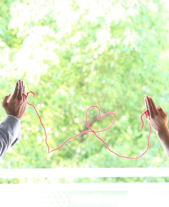 前撮影 赤い糸.jpg