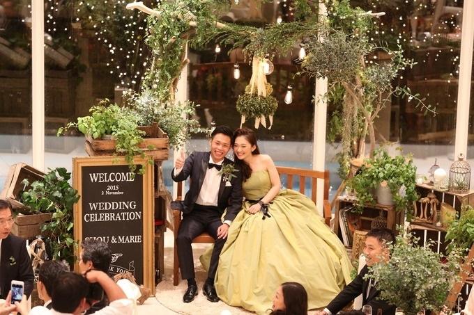 【ソファ席の結婚式】