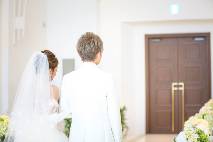 【神戸最新結婚式場 感動はこんなところから】