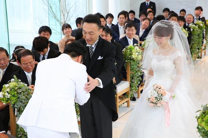 【神戸最新結婚式場 バトンタッチ】